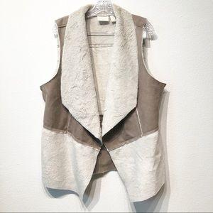 Chicos Size 2 furry vest Large